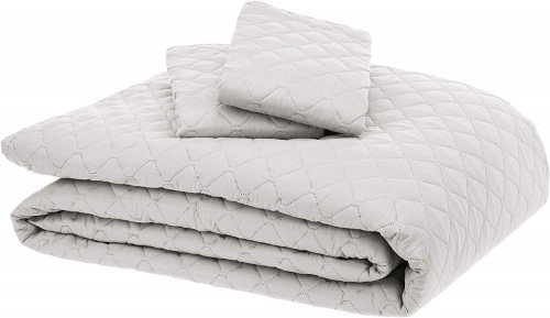 15. AmazonBasics Oversized Quilt Coverlet Bed Set - King