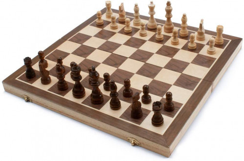 #10. GSE Games & Sports Expert chessboards