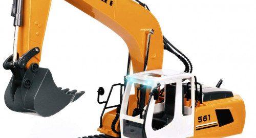 #4. DOUBLE E 17 Remote Control Excavator